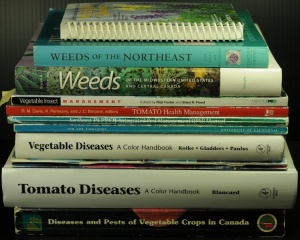 Reference books for vegetable crop scouts -- some suggestions